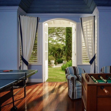 Twin-Palms-games-room