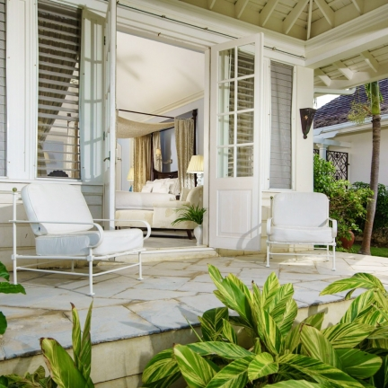 Twin-Palms-master-suite-patio-looking-in