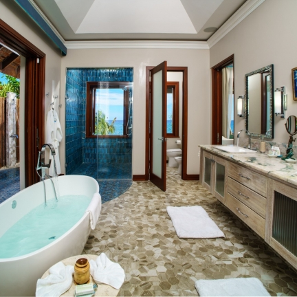 Aqua-Bay-Atlantis-bathroom