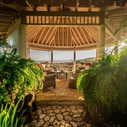 Bali-Hai-Bar-Gazebo-from-the-Bar