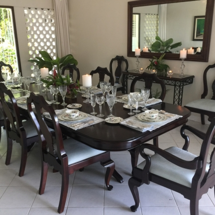 Bluebird-dining-room-with-new-furniture