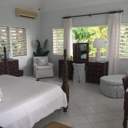 Bluebird-master-bedroom-from-doorway