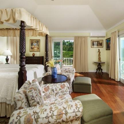 Eureka-Cottage-bedroom