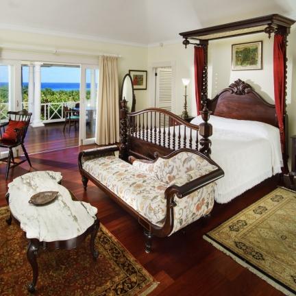 Eureka-Master-bedroom