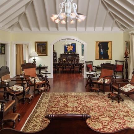 Eureka-sitting-room-to-dining-room