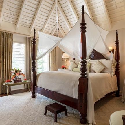 Little-Hill-bedroom-3