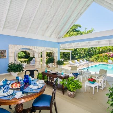 Little-Palm-Veranda-and-Pool