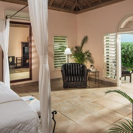 Phoenix-bedroom-1