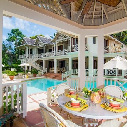 pineapple-house-b9