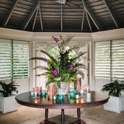 Reef-House-entry-table