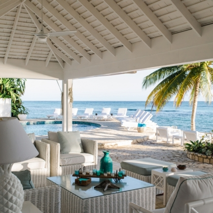 Reef-House-on-the-veranda