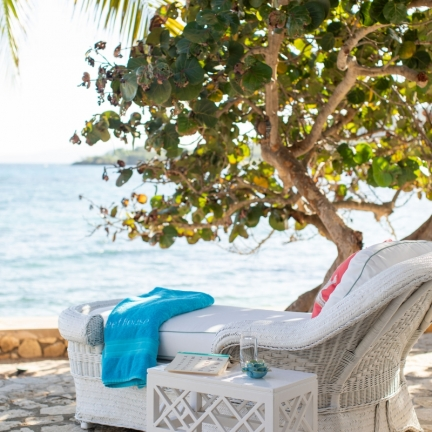 Reef-House-terrace-lounger