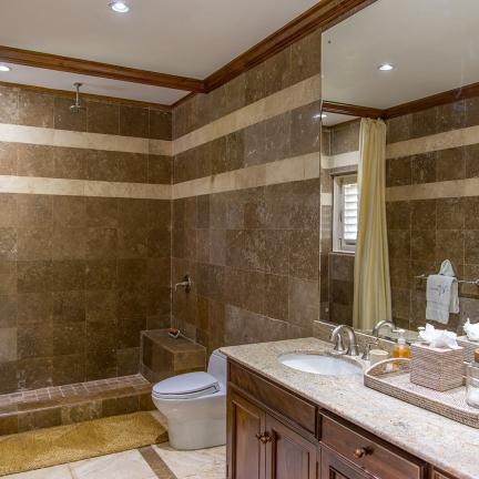 Sea-Glass-bathroom