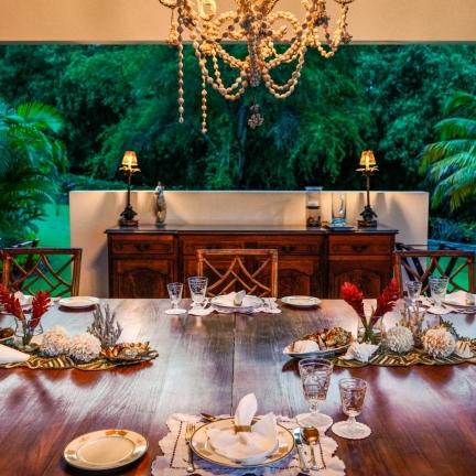 Sundance-new-dinner-table