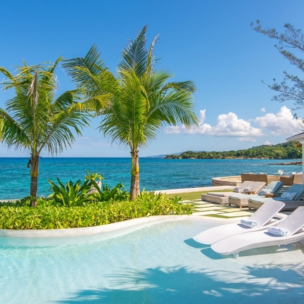 Tradewinds-new-pool-with-view-to-cool-runnings