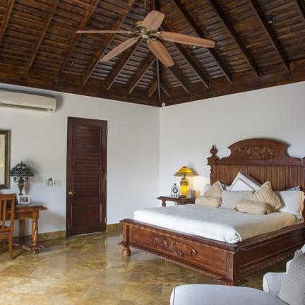 Trinity-master-bedroom