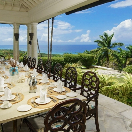 Twin-Palms-veranda-dining