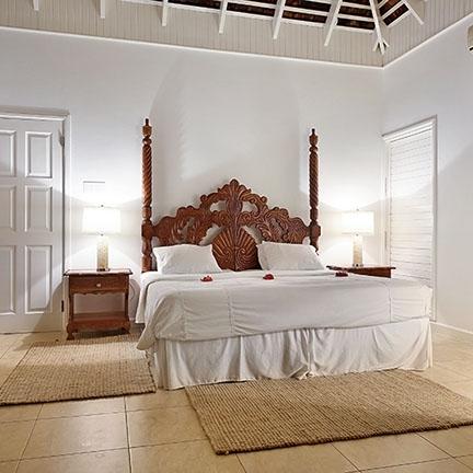 Wheelhouse-bedroom-432