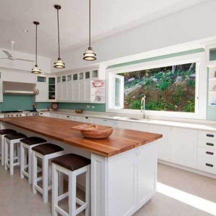Windward-Kitchen